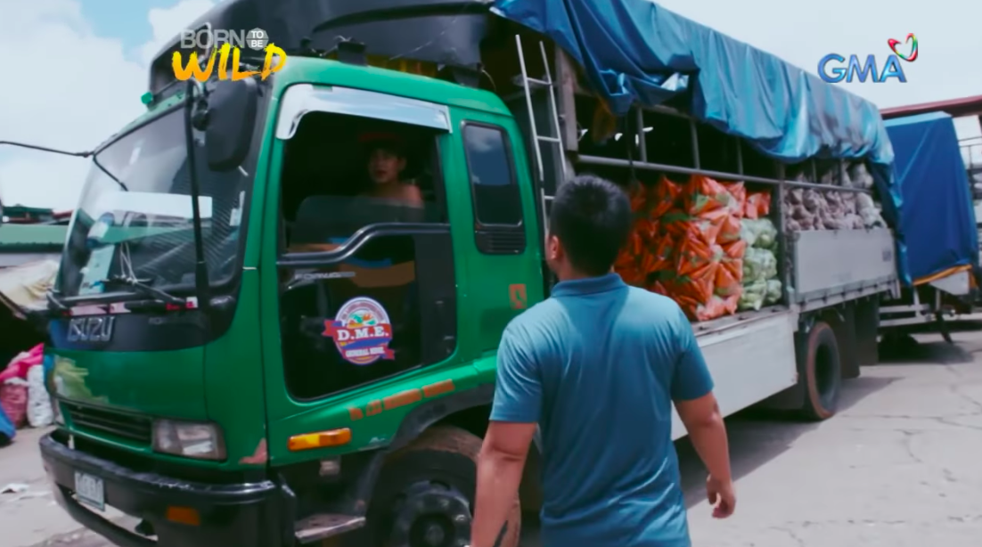"""Open truck transporting vegetables from Benguet to Batangas in Southern Luzon (6 hours), Source: """"2018 GCCA Global Cold Storage Capacity Report"""", July 2018, Victoria Salin, Texas A&M University, International Association of Refrigerated Warehouses, """"Cold chains and the demographic dividend"""" April 2015, Dearman, Cold Chain Association of the Philippines"""